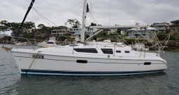 33′ Hunter 326 Yacht